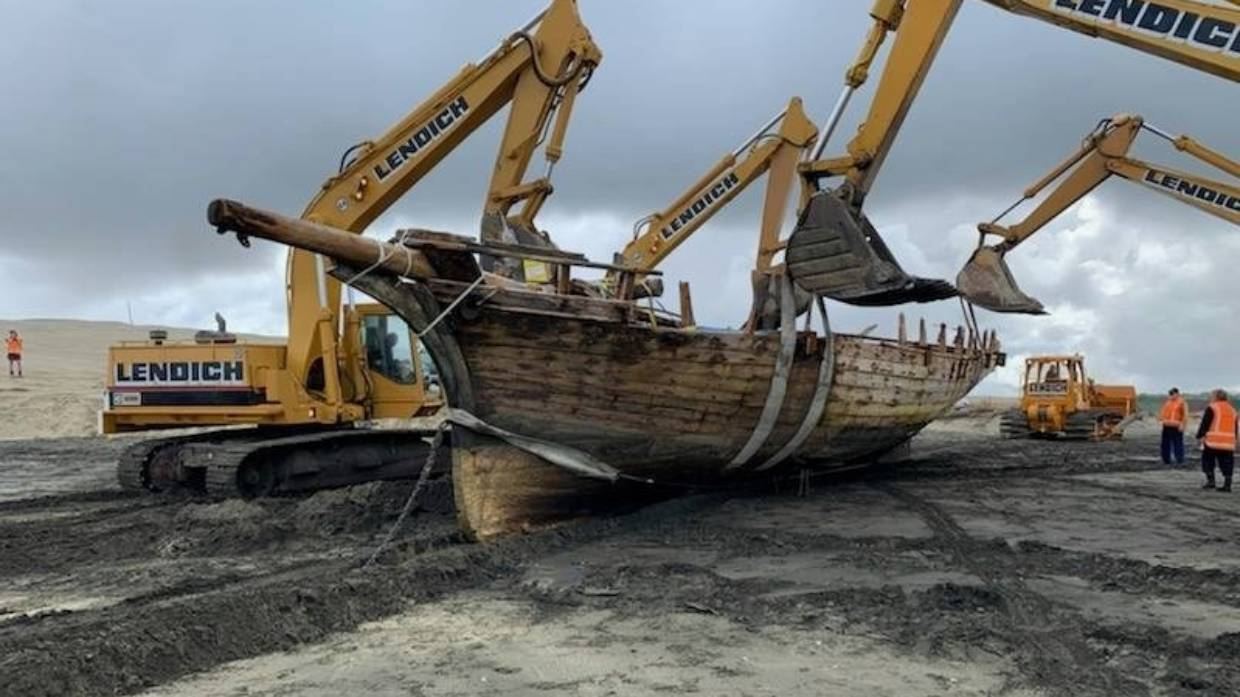 150 year old shipwreck lifted
